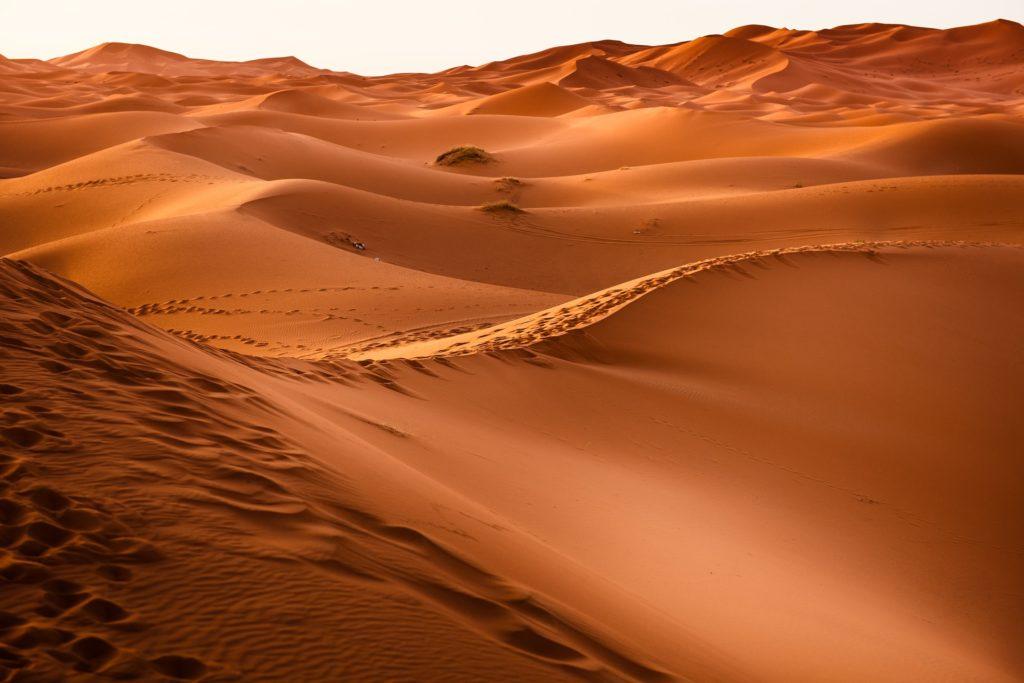 desert-1270345_1920-1024x683