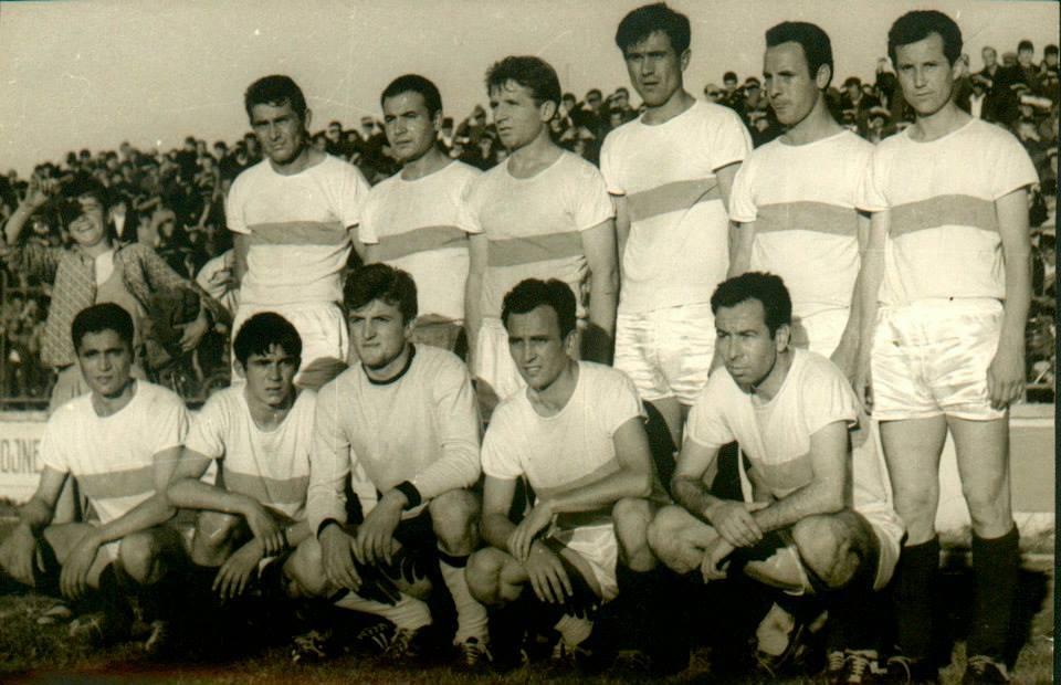 1976-77-Skenderbeu-me-Teodor-Vason